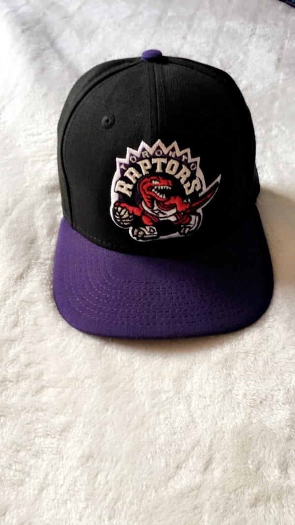 85df5f84236caa Used Toronto Raptors SnapBack hat New for sale in Mississauga - letgo
