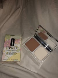Clinique Acne Solutions Powder makeup in 14 Vanilla