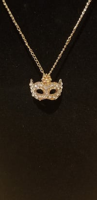 Brand new gold plated necklace with box Richmond Hill, L4B 2Z7