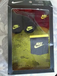 black and yellow Nike jersey shirt Chicago, 60639