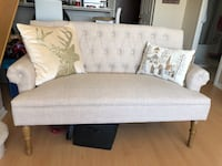 Couch / chesterfield  Oakville, L6H