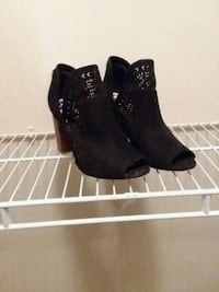 pair of black leather boots Fairview, 75069