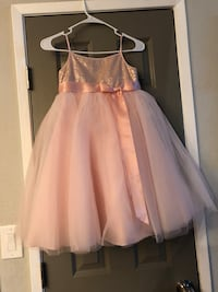 Flower girl dresses size 5 and 8 Sacramento, 95823