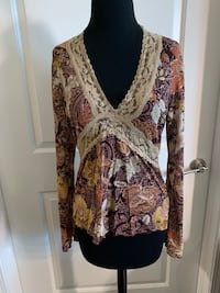 Fashion Bug Brand Multi Colored Top Women's Size Medium Fishers, 46037