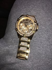 Guess watch selling it for 100$ Westbury, 11590