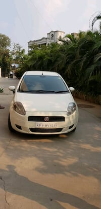 white 5-door hatchback Secunderabad, 500025