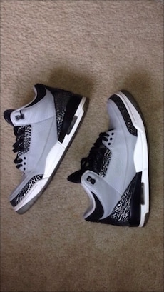 gray-black-white Air Jordan 4