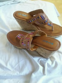 pair of brown leather sandals Foley, 36535