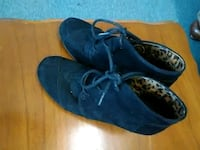 pair of blue leather shoes Ellijay, 30540