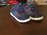 Pair of nikes for toddlers 4c Barstow, 92311