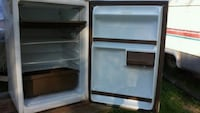 white top-mount refrigerator Consecon, K0K 1T0