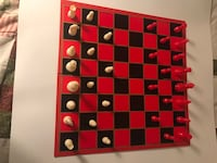 Milton Bradley Vintage 1957 Checkers/ Chess Game set Frederick, 21702