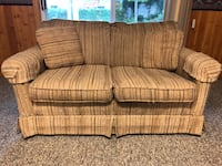Love seats for sale Barrie, L4N
