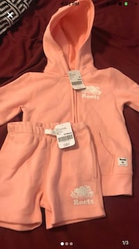 NEW ROOTS Hoodie & Matching Shorts Size 5T Toronto, M8Z 4Z5