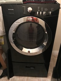 black and gray front-load clothes washer Dallas, 75243