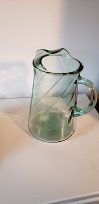 Glass pitcher 38 km