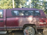 red and black Chevy Scottsdale 1500 camper top Winchester, 22603