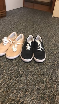 Grasshopper  shoes.  New never worn.  Back or and beige.  Smokefree home.  9.00 pair Troy, 12180