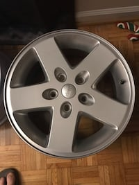 17x7.5 Jeep Wrangler stock wheels/rims Williamsburg, 23185