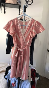 Dress large but fits small Pleasant Grove, 84062