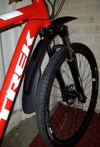 red Trek hardtail mountain bike Newcastle upon Tyne, NE6 2AQ
