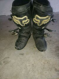 pair of black-and-brown Fox Racing boots Pottstown, 19465