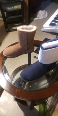 Baily bow uggs with the bow on back.  Blue pair for sale size 11