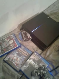 Sony PS4 console with controller and game cases Poughkeepsie, 12601