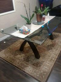 Dinning room table Kitchener