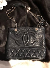 Chanel black leather purse