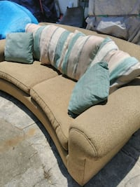 Have a super nice 2 seater couch made by THOMASVIL Daytona Beach, 32114