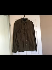 Men's size Large Marc Echo Top  Milton, L9T 2R1