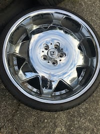 chrome 5-spoke car wheel with tire Mission, V4S
