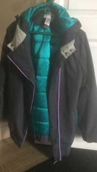 Women's sportek winter jacket medium size only worn a couple of times excellent condition  Calgary, T3J 4R1