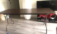 stern dinning table in excellent condition  Washington, 20008
