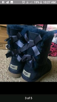 Ugg bows boots