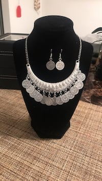 silver and diamond studded necklace Greenfield, 93927