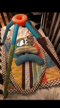 Baby gym, tummy time mat and umbrella stroller  Frederick, 21702