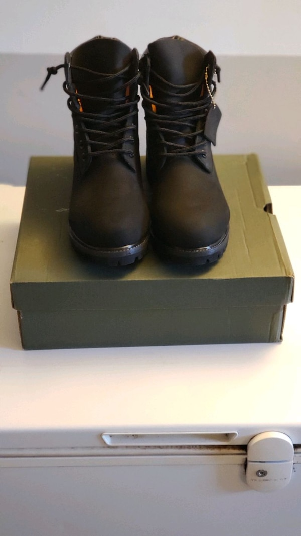 Black Suede Timbaland Boots fb11e27b-2ed3-43a1-9c01-af7146f63d69