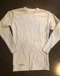 Boys/youth under armour cold gear base layer ~ size large