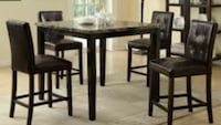 Round black wooden table with two chairs Houston, 77072