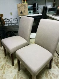 4 dining chairs Cartersville, 30121