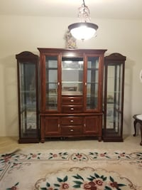Cherry Wood China Cabinet $350 North Las Vegas, 89032