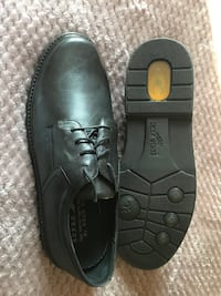 Men's size 13 black leather dress shoes with orthotic support. Toronto