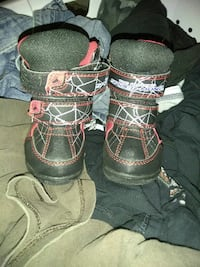 Spiderman winter boots