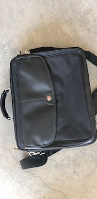 Laptop bag Calgary, T3M 2J7
