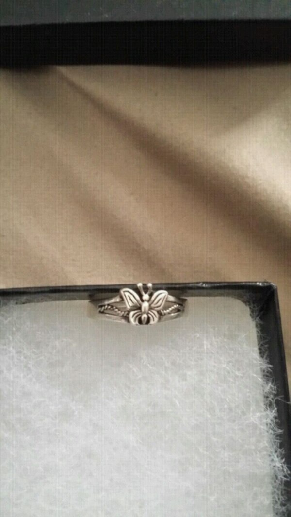 3990f94e481 Used Butterfly ring for sale in Los Angeles - letgo