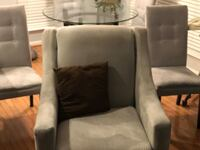 1 Sofa, 2accent chair, 4 dining table Manassas, 20109