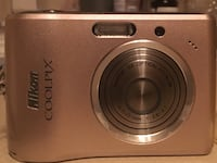 Nikon Coolpix L15 digital camera with carrying case 31 km