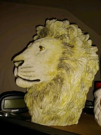 Lion head Norfolk, 23513